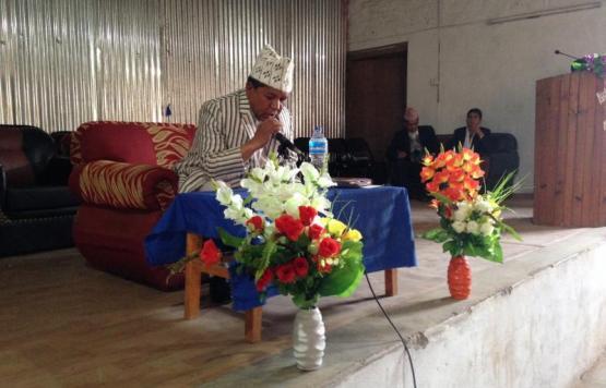 विशेष नगरसभालाइ सम्बोधन गर्दै नगर प्रमुख